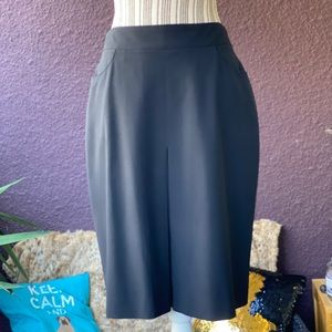 CHANEL wool skirt with pockets